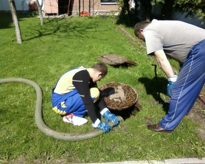 Как часто откачивать выгребную яму